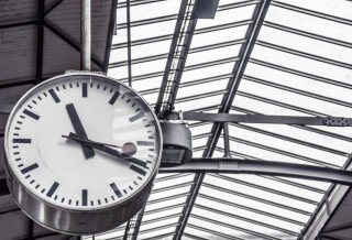 time-train-station-clock-deadline